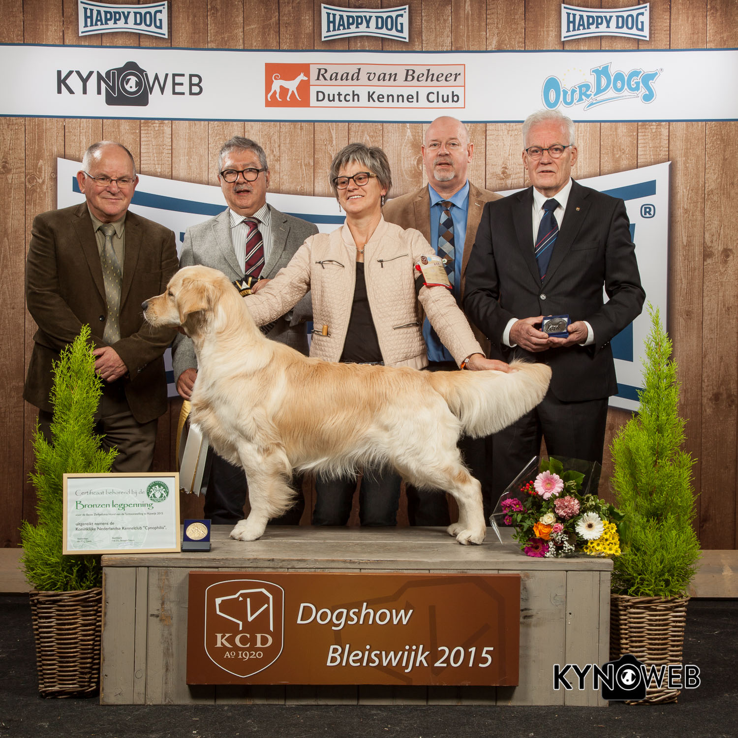 Best in Show (BIS) - Winners of the International Dog Show in Bleiswijk (Netherlands), Sunday, 8 November 2015 (BIS photo)